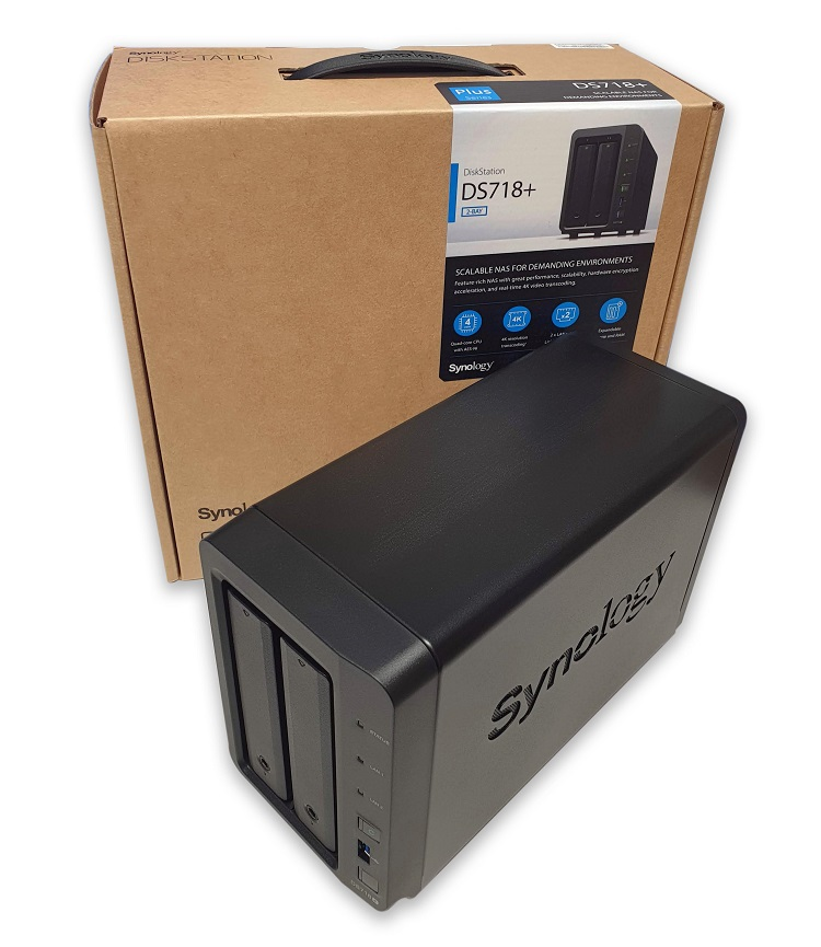 Synology DS718+ mit Verpackung