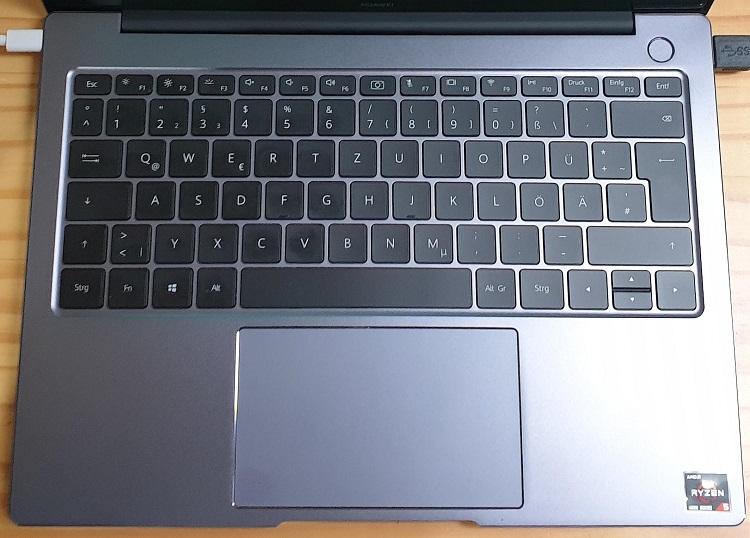 Tastatur und Trackpad des Matebook 14