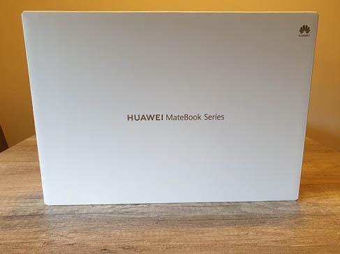 Huawei Matebook 14 Verpackung außen